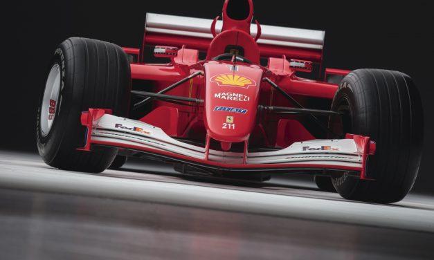 Болид на Шумахер от Формула 1 продаден за $7.5 милиона