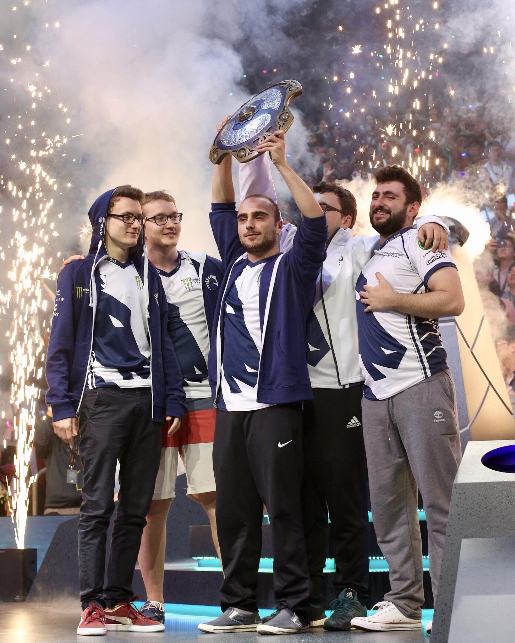 Dota 2 The International 2014 Team Liquid: Електронни спортове