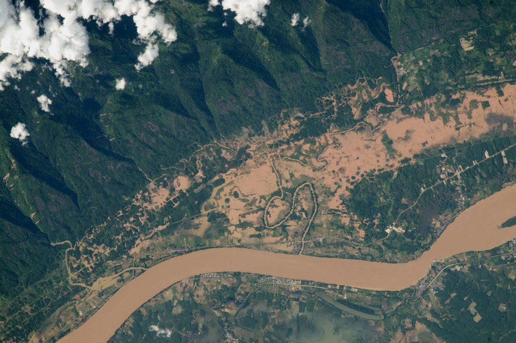 Река Меконг на границата между Тайланд и Лаос
